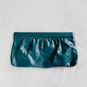Handbags - Vintage clutch purse